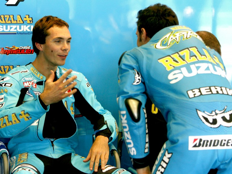 Chris Vermeulen and Loris Capirossi in the Rizla Suzuki garage