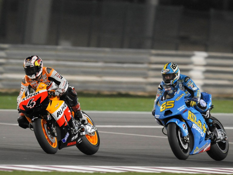 Dovizioso battling with Capirossi in Losail