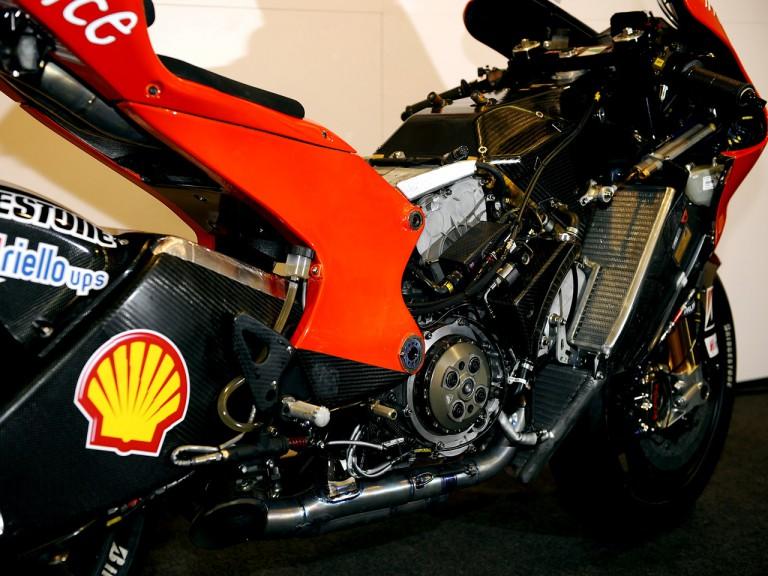 New carbon frame of Ducati Desmosedici GP9