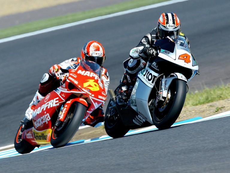 Hiroshi Aoyama and Alvaro Bautista in action in Motegi