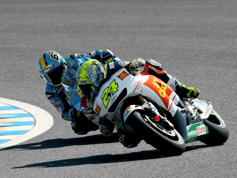 Toni Elias and Loris Capirossi in action in Motegi