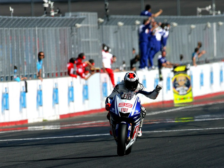 Jorge Lorenzo celebrates GP win in Motegi