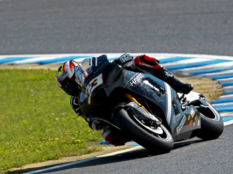 Marco Melandri in action in Motegi