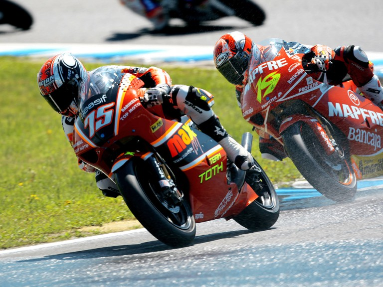 Mattia Pasini and Alvaro Bautista in action in Motegi