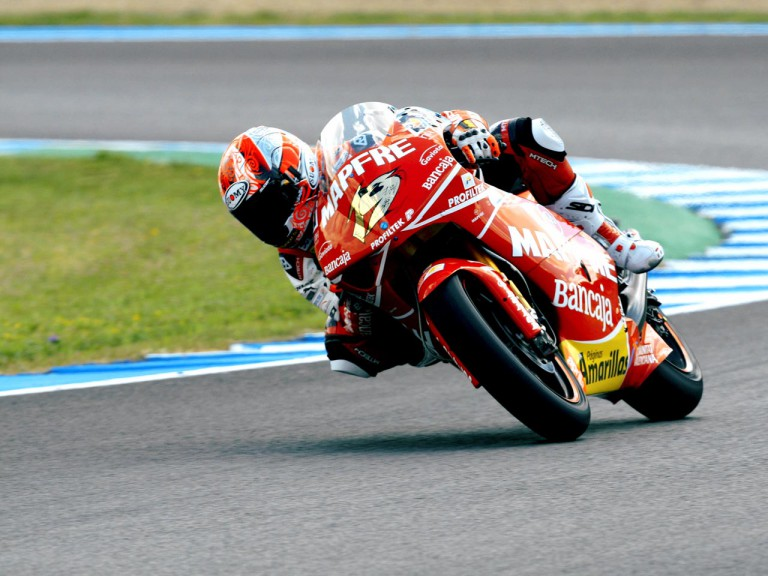 Alvaro Bautista in action in Jerez