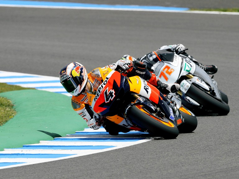 Andrea Dovizioso and Yuki Takahashi in action in Jerez