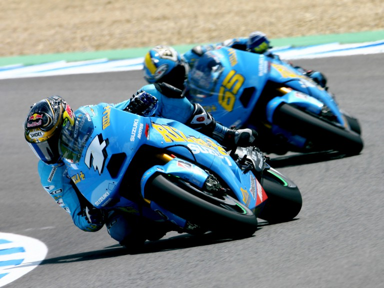 Rizla Suzuki´s Vermeulen and Capirossi on track in Jerez