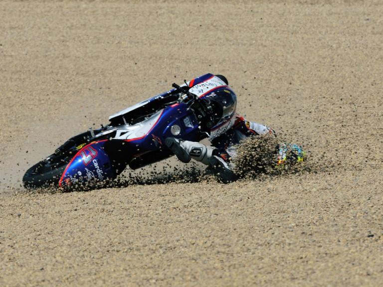 Karel Abraham crashes during 250cc race in Jerez