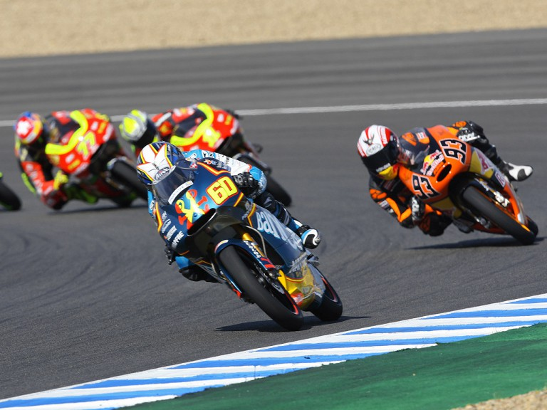 125cc Group in action in Jerez