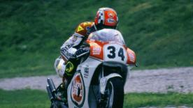 Half way through the 1993 Dutch TT you anyone would have put money on Barros to take the win, riding like a man possessed he was able to out manoeuvre both Schwantz and Doohan at will, but he wouldn't reach the end, leaving the final corner duel to the his American team mate and the Australian returning to the scene of his horrific crash one year earlier.