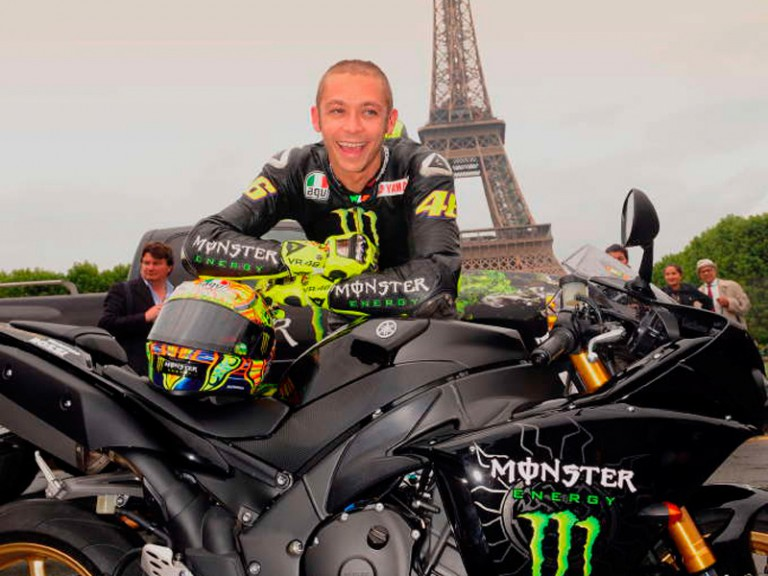 Valentino Rossi revs up through Paris streets