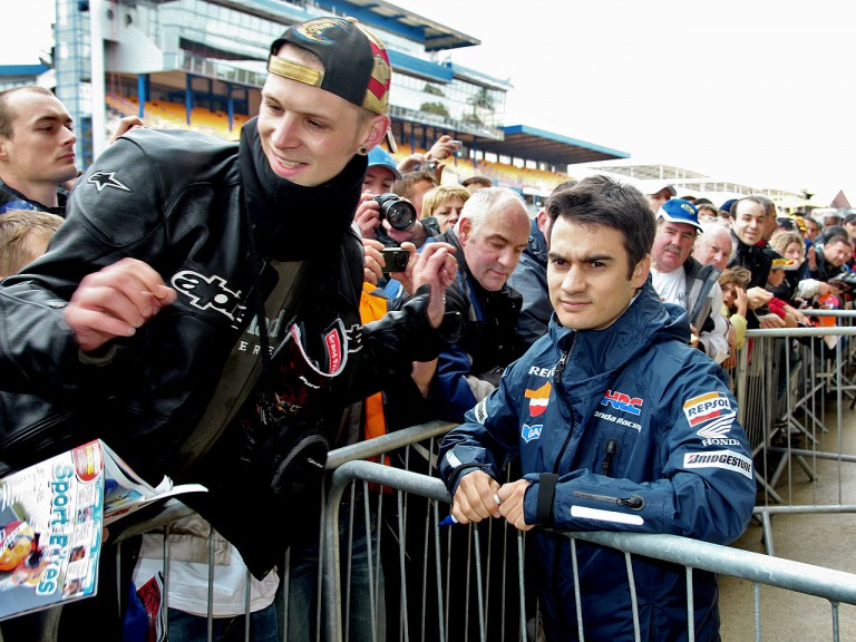 Dani Pedrosa signing autographs at Le Mans Circuit
