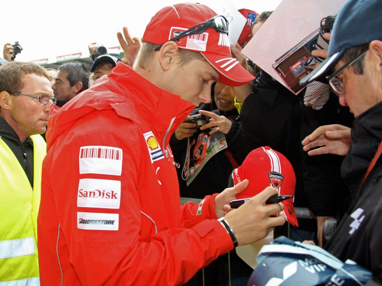 Casey Stoner signing autographs at Le Mans Circuit