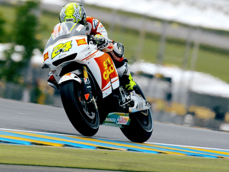 Toni Elias in action in Le Mans