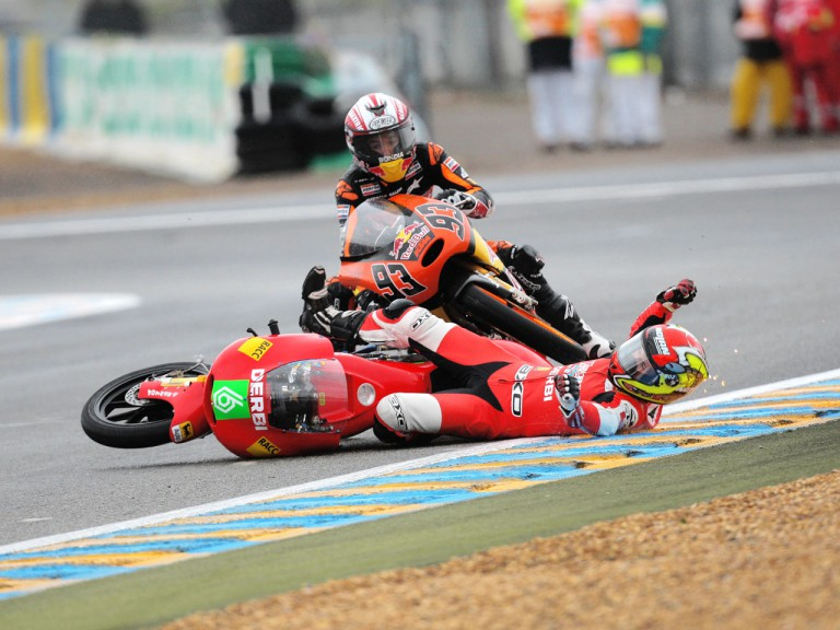 Marc Marquez and Joan Olivé crash during 125cc race in Le Mans