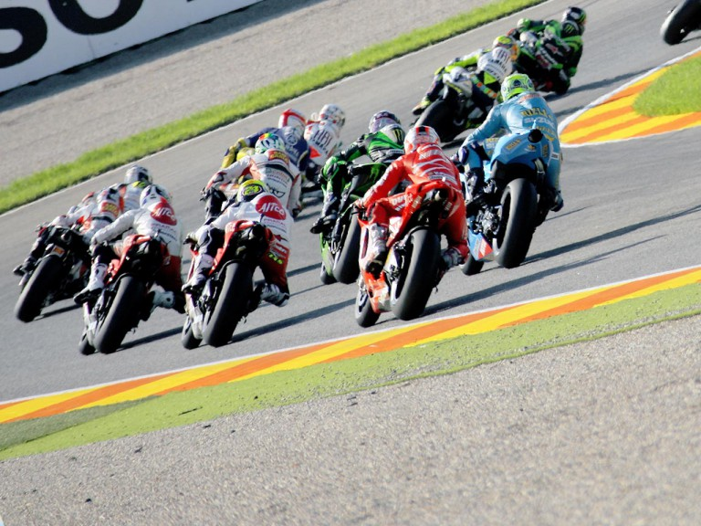 MotoGP Group ni action in Valencia