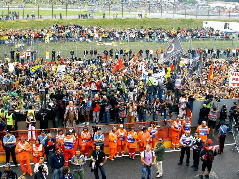 Public ambient at the Gran Premio D´Italia Alice