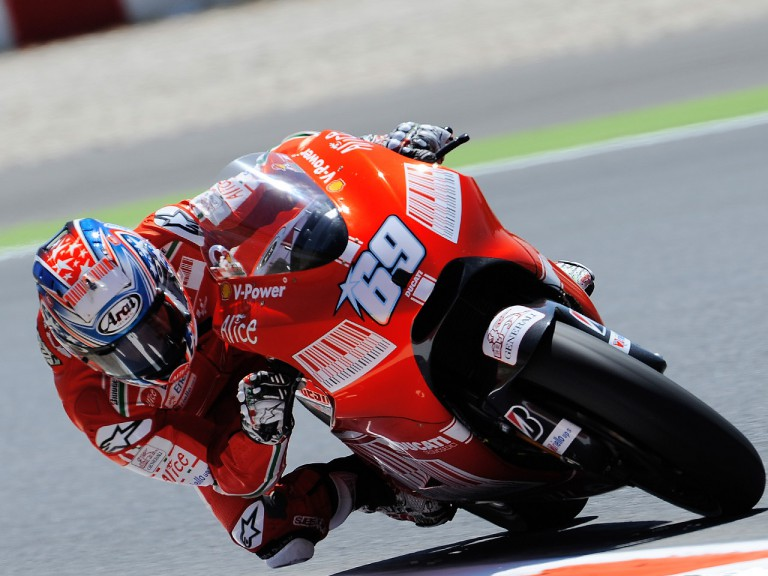 Nicky Hayden in action in Montmeló