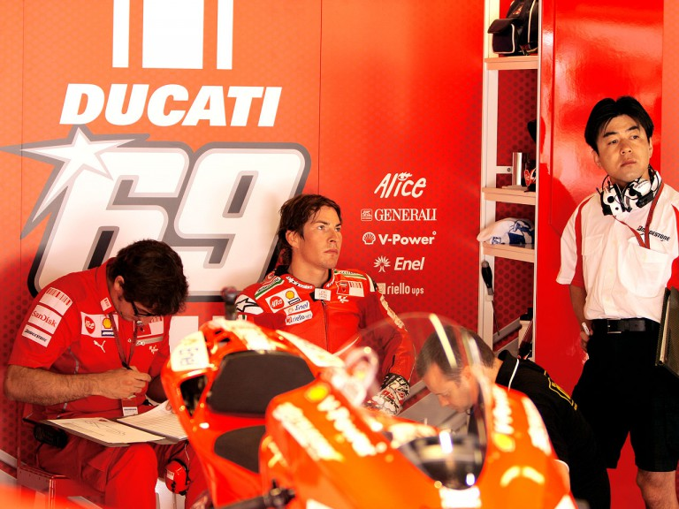 Nicky Hayden in the Ducati Marlboro garage