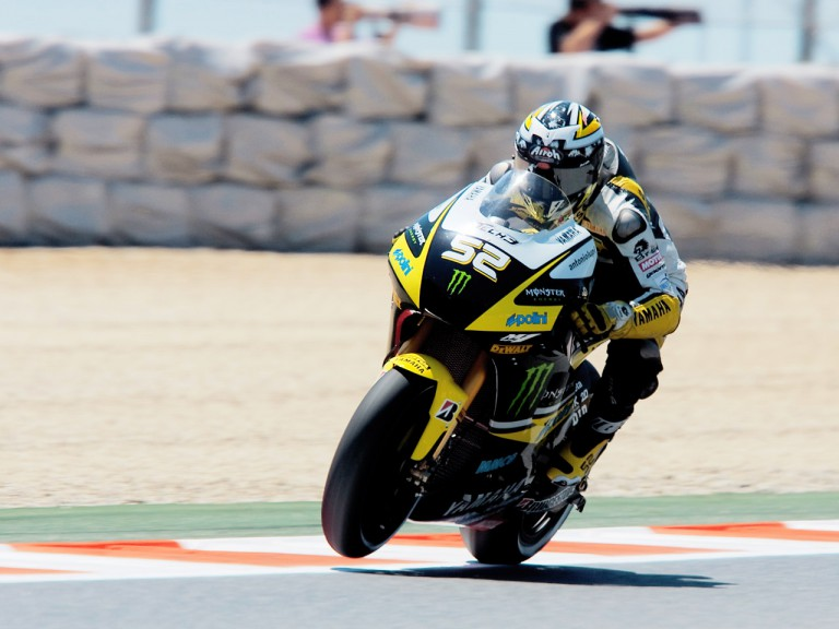 James Toseland in action in Montmeló