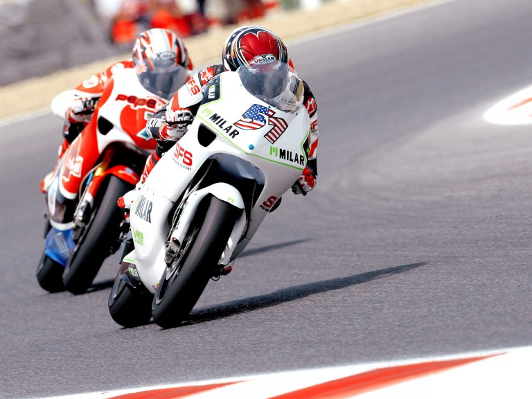Stevie Bonsey riding ahead of Axel Pons in Montmeló