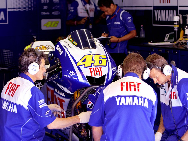 Fiat Yamaha mechanics working on Rossi's M1