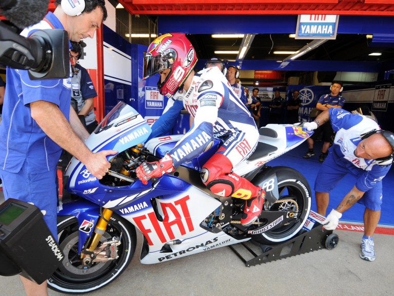 Jorge Lorenzo about to leave the Fiat Yamaha box