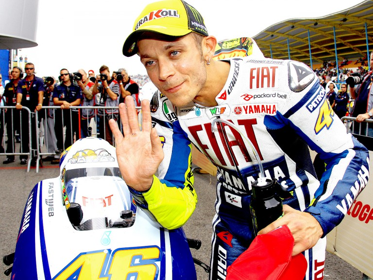 Valentino Rossi in the parc fermé after QP in Assen