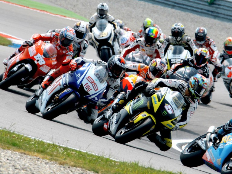 Colin Edwards riding ahead of MotoGP group in Assen