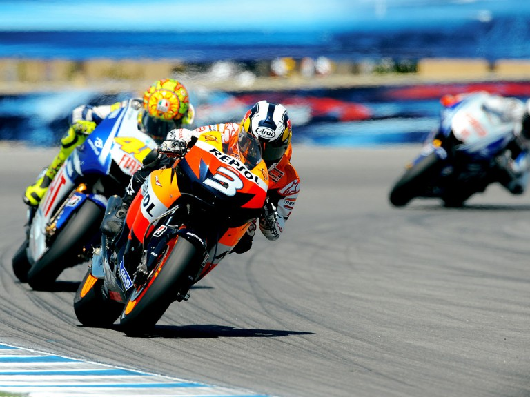Dani Pedrosa and Valentino Rossi in action in Laguna