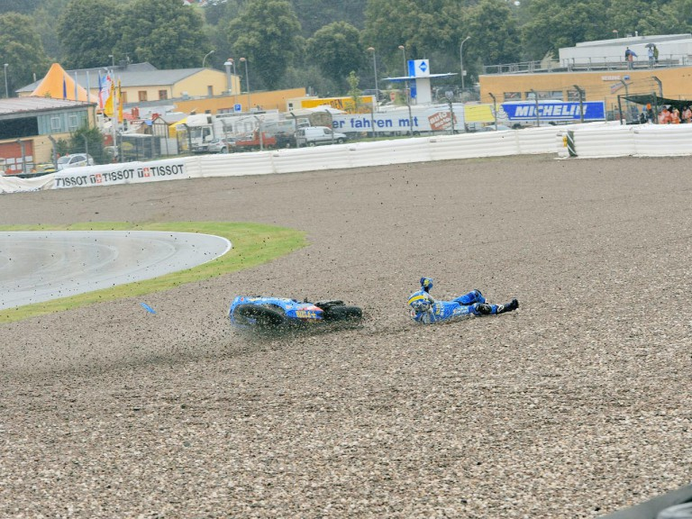 Loris Capirossi crashes during QP in Sachsenring