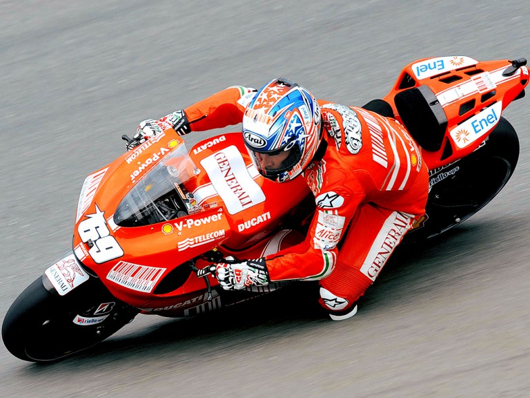 Nicky Hayden in action in Sachsenring