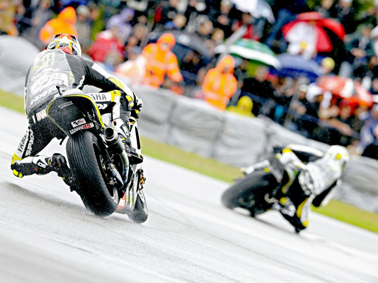 Colin Edwards in action in Donington