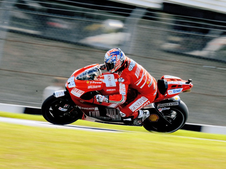 Nicky Hayden in aciton in Donington