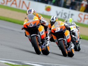 Repsol riders Dovizioso and Pedrosa in Donington