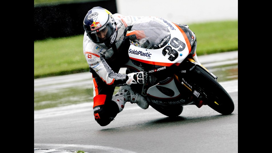 Luis Salom in action during FP1 in Donington