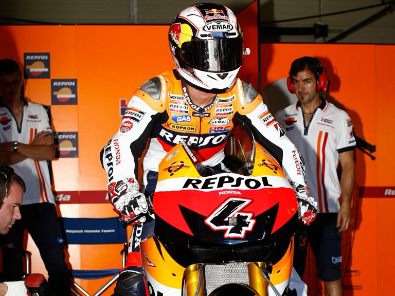 Dovizioso in the Repsol Honda garage at the MotoGP test in Brno