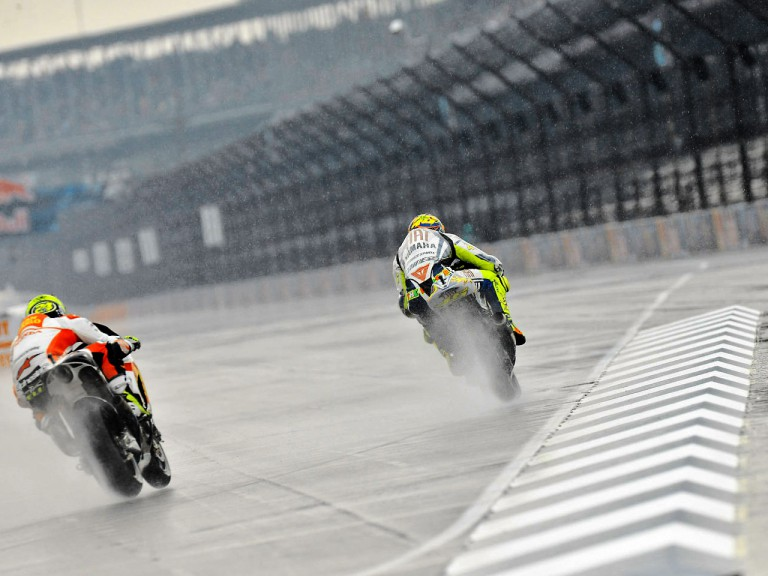 Valentino Rossi and Toni Elias in action in Indianapolis