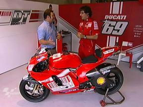 Hayden's Ducati GP9 presented by Crew Chief Juan Martinez