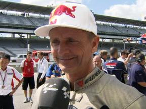 Schwantz reacts after Moto2 run