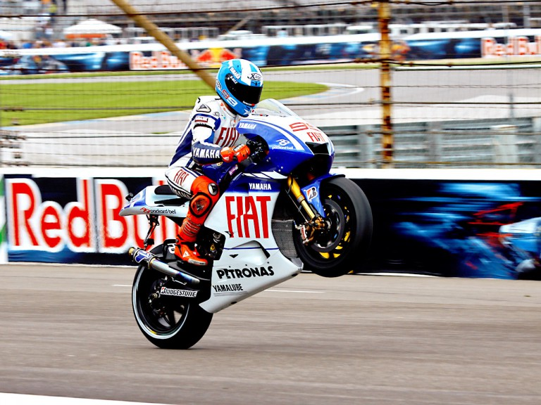 Lorenzo dashing to victory at IMS