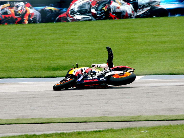 Dani Pedrosa crashes during the Race at Indianapolis