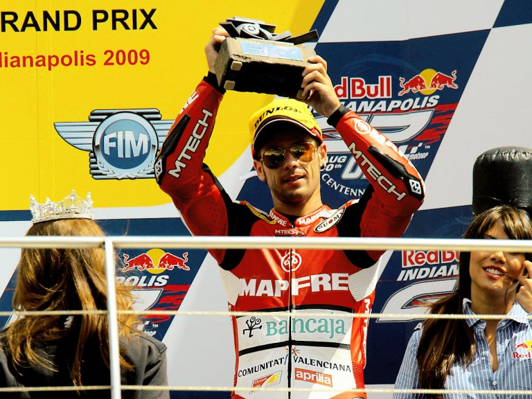 Álvaro Bautista on the podium at Indianapolis