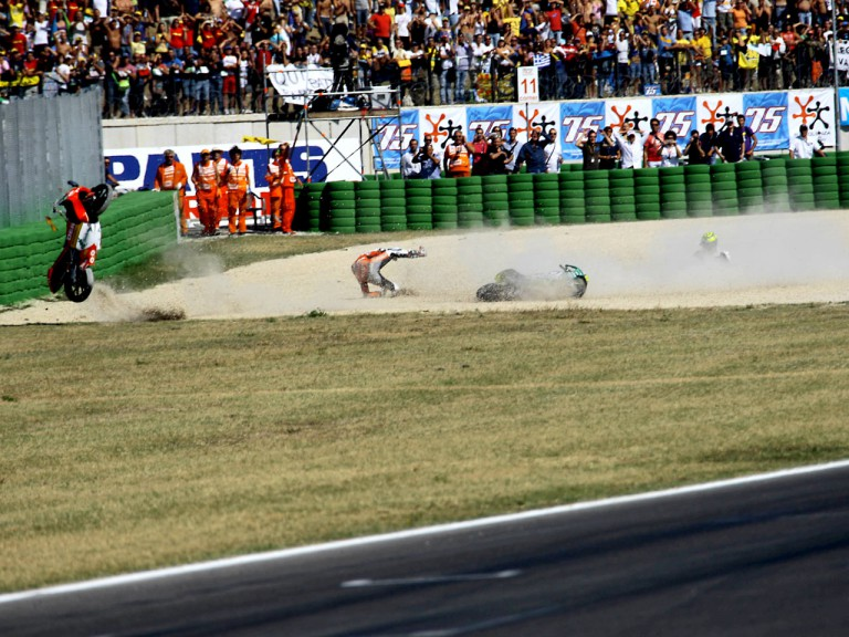 Espargaró and Iannone crash during 125cc race in Misano