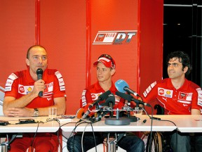 Livio Suppo, Casey Stoner and Filippo Preziosi in press conference at Estoril