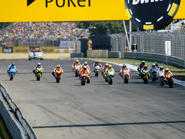 MotoGP group in action at Estoril 2009