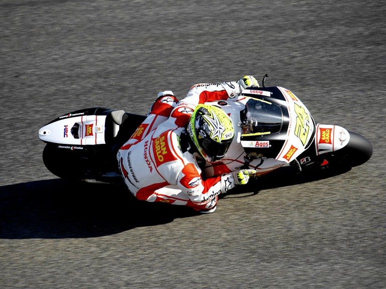 Toni Elias in action in Estoril