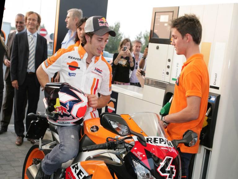 Andrea Dovizioso inaugurates a Repsol petrol station in San Bellino, Italy