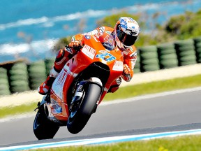 Casey Stoner in action in Phillip Island