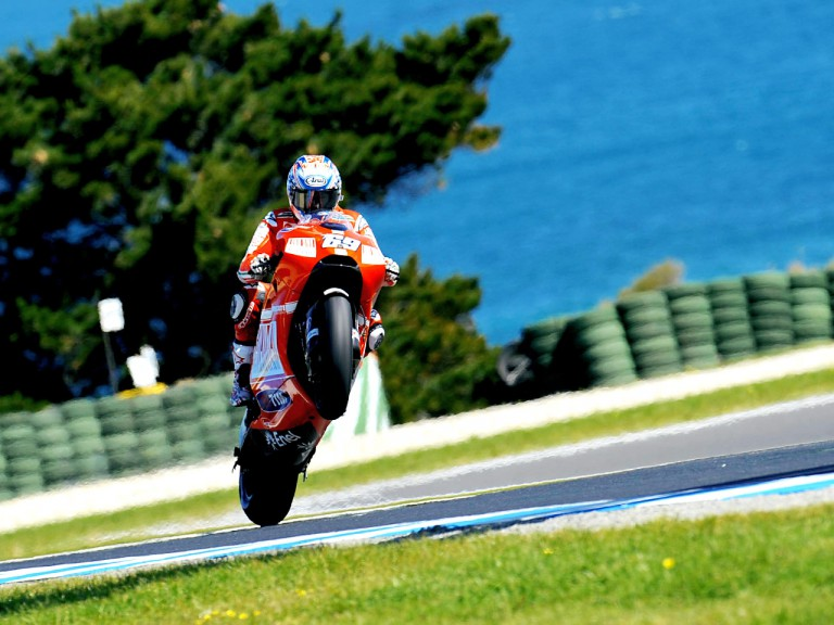 Nicky Hayden pulls of a wheelie during FP1 at Phillip Island